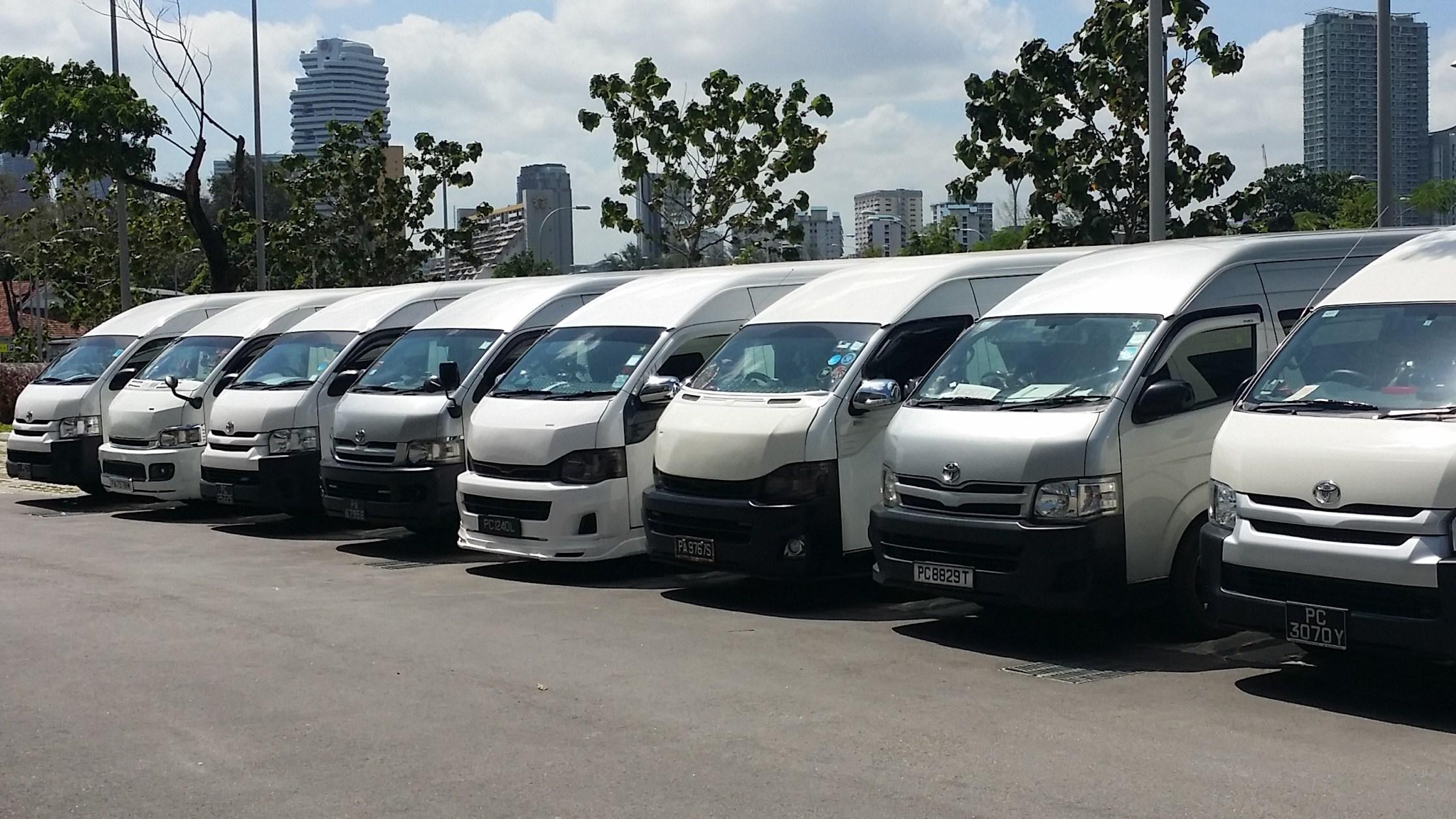 maxi cab 13 seater singapore